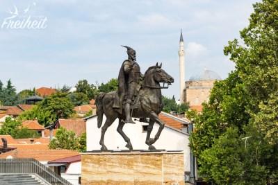 Reiterstatue, die Zwanzigste....