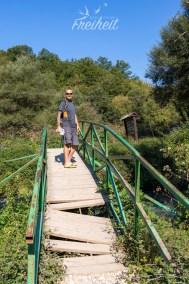 Brücke zur Quelle - wer ihr nicht traut kann auch außen herum laufen
