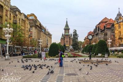 Der Siegesplatz mit der rumänisch-orthodoxen Kathedrale
