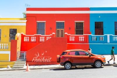 Passende Auto-Haus-Farbkombi :-P