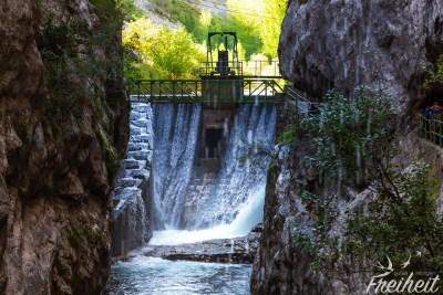 Staumauer von Caín