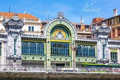 Der Hauptbahnhof der Stadt