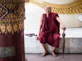 Mönch im Tempel
