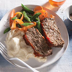 SCD meatloaf on a bed of mashed cauliflower.