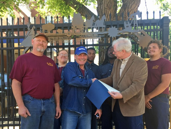 Guthrie proclaims Smallest National Park Week for downtown park