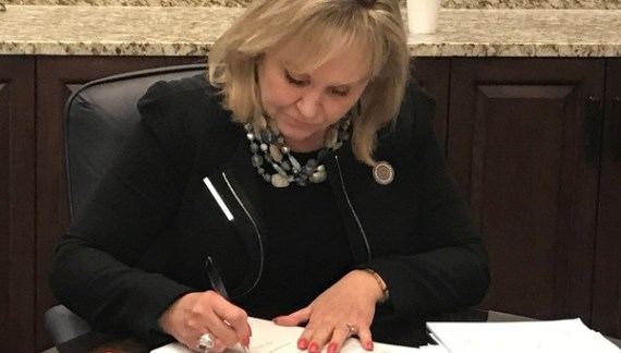 Governor Mary Fallin vetoes most of revised budget bill