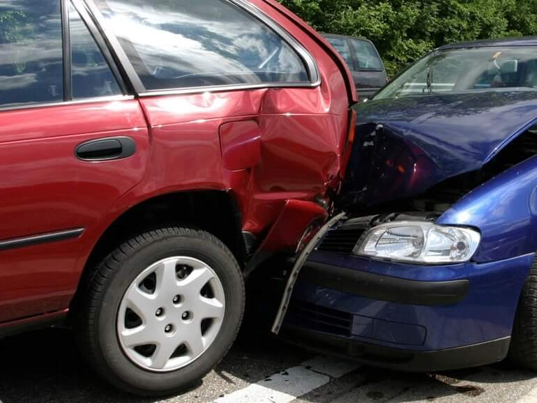 Auto Liability Insurance and You:   The Benefits of Uninsured and Underinsured Motorist Coverage