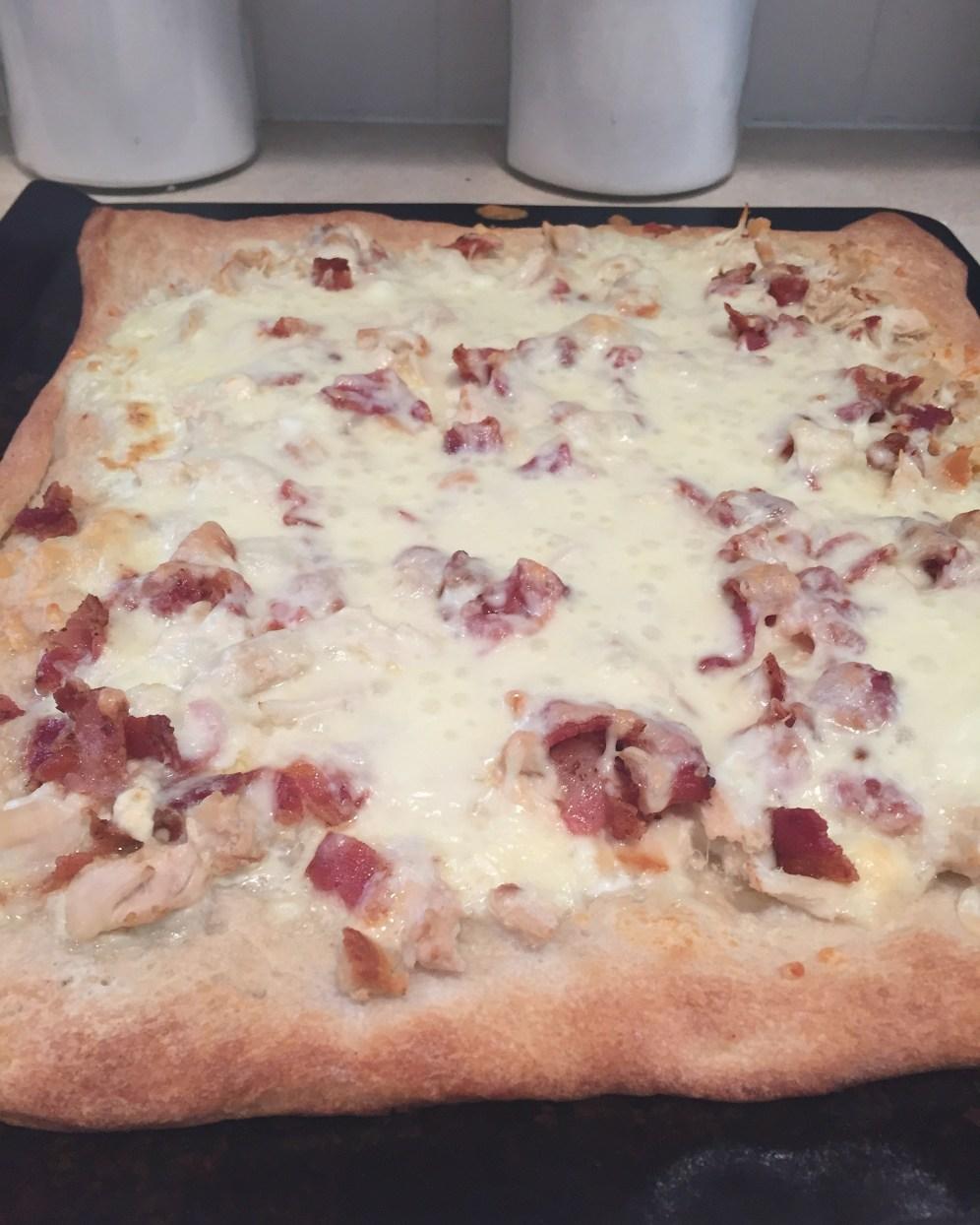 Chicken Alfredo Pizza3