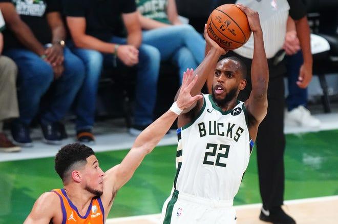 Khris Middleton fuels Bucks NBA Finals-tying win…