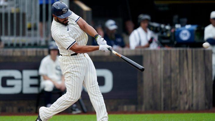 Jose Abreu hits a home run into corn…
