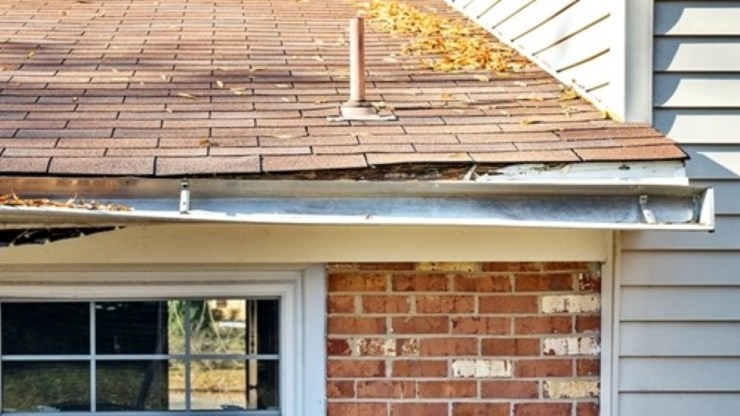 sagging gutter wood rot fascia