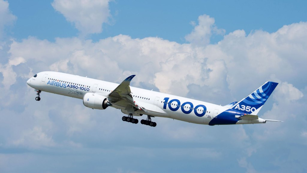 Airbus A350-1000 taking off