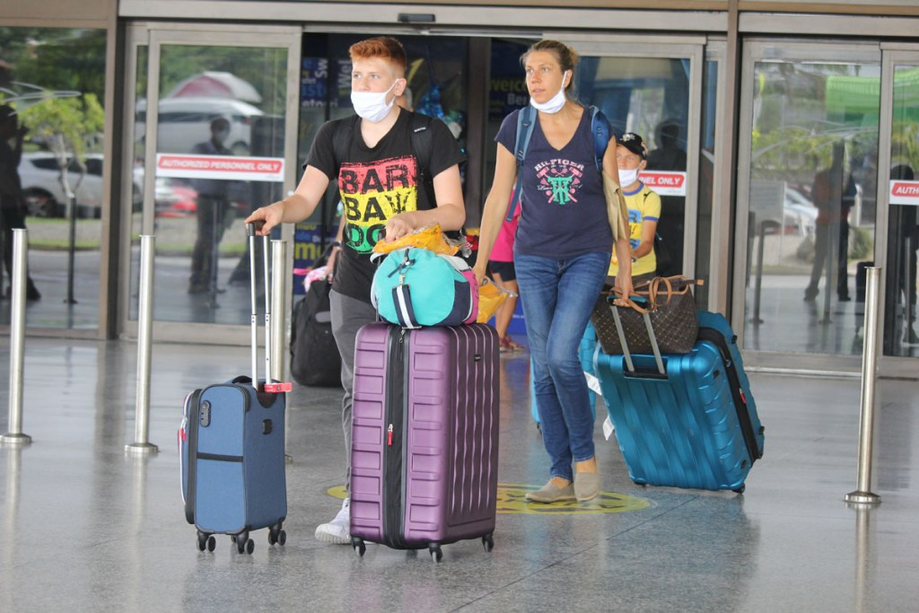 Barbados welcomes tourists as commercial flight returns