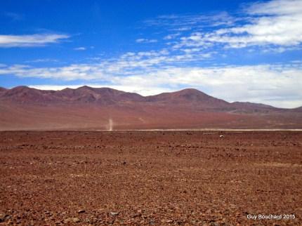 Petit Dust Devil dans le désert d'Atacama