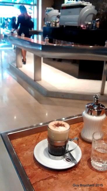 Cafe con Piernas (Café avec des pieds!!!) - typiquement chilien!