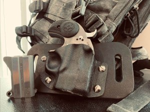 Kinetic Concealment Offers Holster for Bond Arms Rowdy Derringer