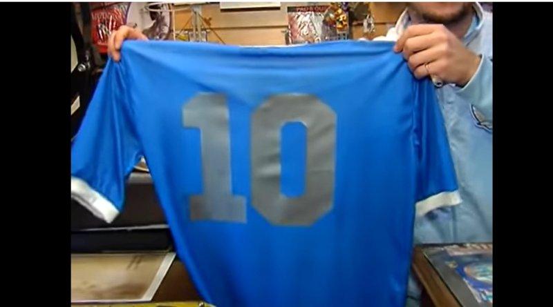 Remera azul Maradona