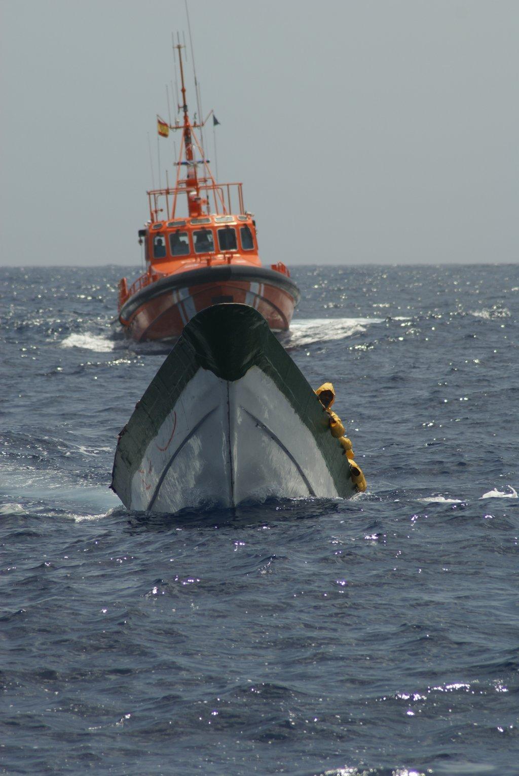 Les images des navires orange du Salvamento Maritimo ont fait le tour du monde en 2020 | Photo : Sasemar