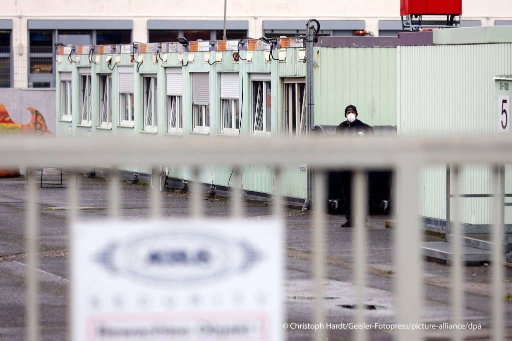 57 personnes, dont 41 résidents, ont été testés positifs au coronavirus dans ce centre d'accueil de Cologne | Photo : Picture alliance/Geisler-Fotopress/Christoph Hardt