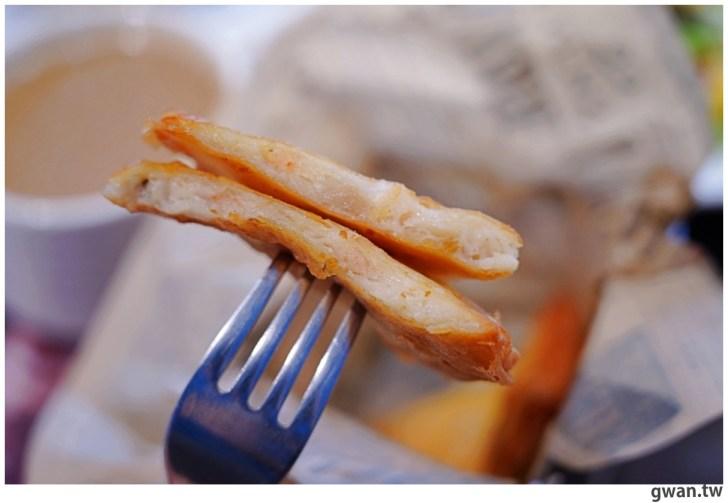 20201110144706 47 - 熱血採訪|台中霸氣牛排館,排餐最低290元起,滿滿牛肉塊羅宋湯免費喝到飽!