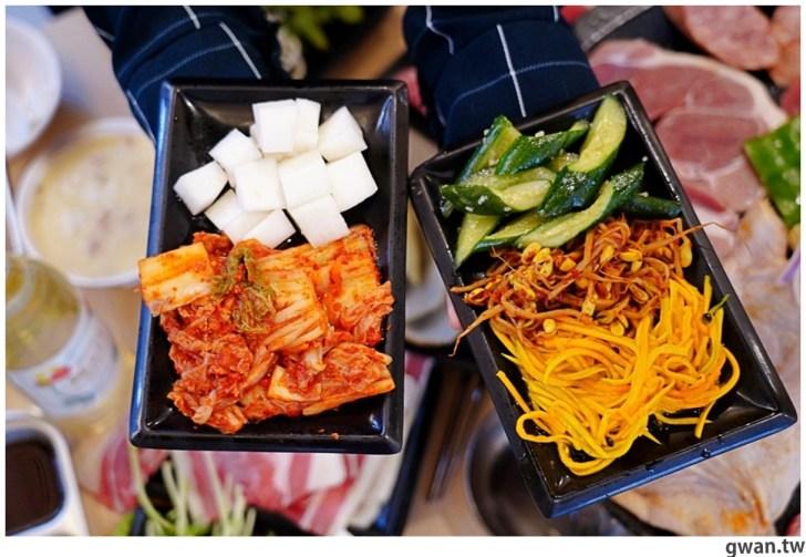 20201215213437 62 - 熱血採訪|台中韓式烤肉吃到飽!烤肉、熱湯、小菜任你吃最低只要369元,周年慶期間還免收服務費~