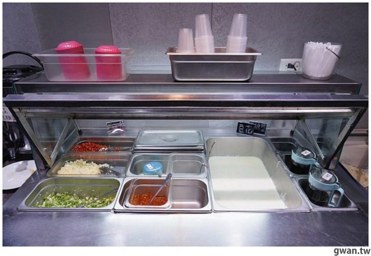 20210211003019 66 - 熱血採訪 台中新開便當店,居然可以吃到牛肉麵火鍋,內用手工豆花跟冰淇淋無限享用!