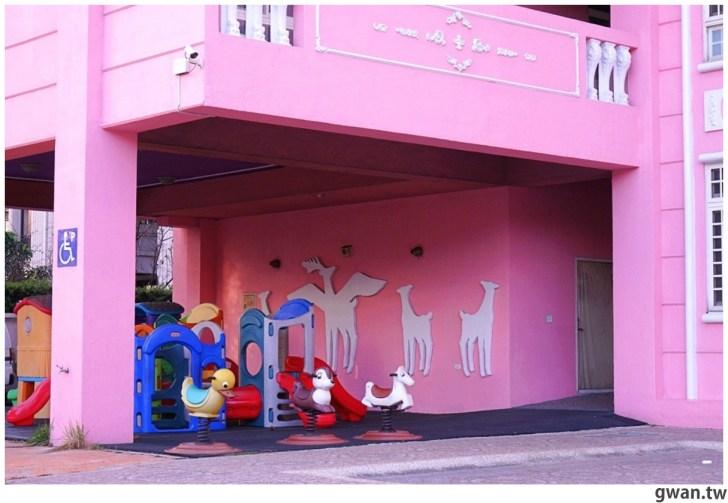 20210213230855 99 - 以為在國外!台中超夢幻的粉紅城堡居然是幼兒園~