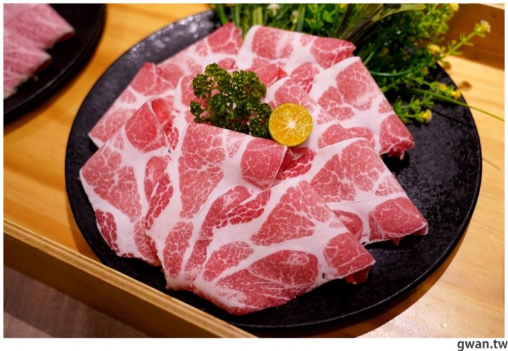 20211001234048 45 - 熱血採訪|人少也能吃!滿滿龍蝦吃到爽,新鮮蝦肉一拉整塊就起來