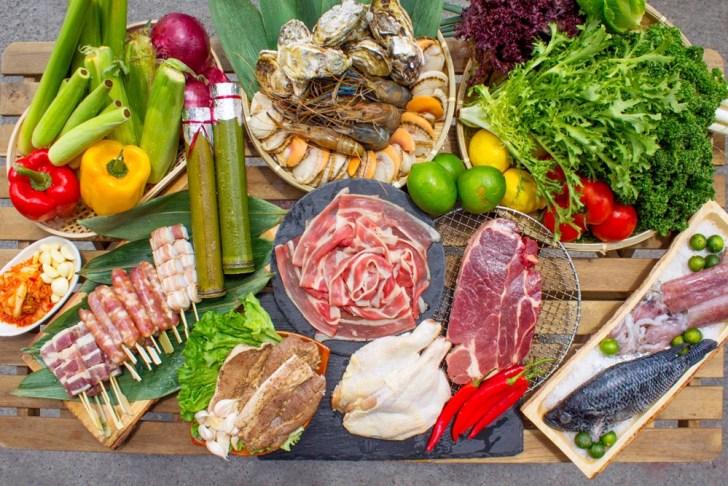 401624e62f77840313a3c23eae62bf43 - 熱血採訪 台中最大海鮮超市!泰國蝦超便宜,烤肉串燒通通買的到!