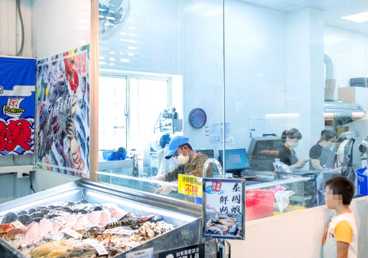 f965461836f7b3717f2b03dffaf072bb - 熱血採訪 台中最大海鮮超市!泰國蝦超便宜,烤肉串燒通通買的到!