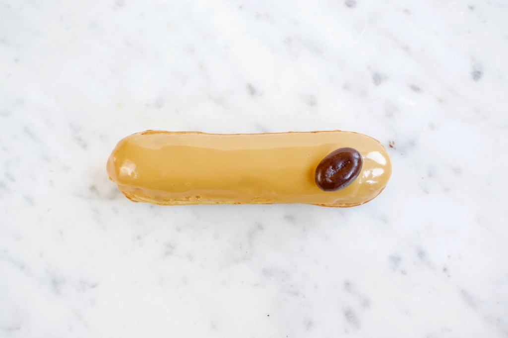 Koffie Éclairs - Gwenn's Bakery