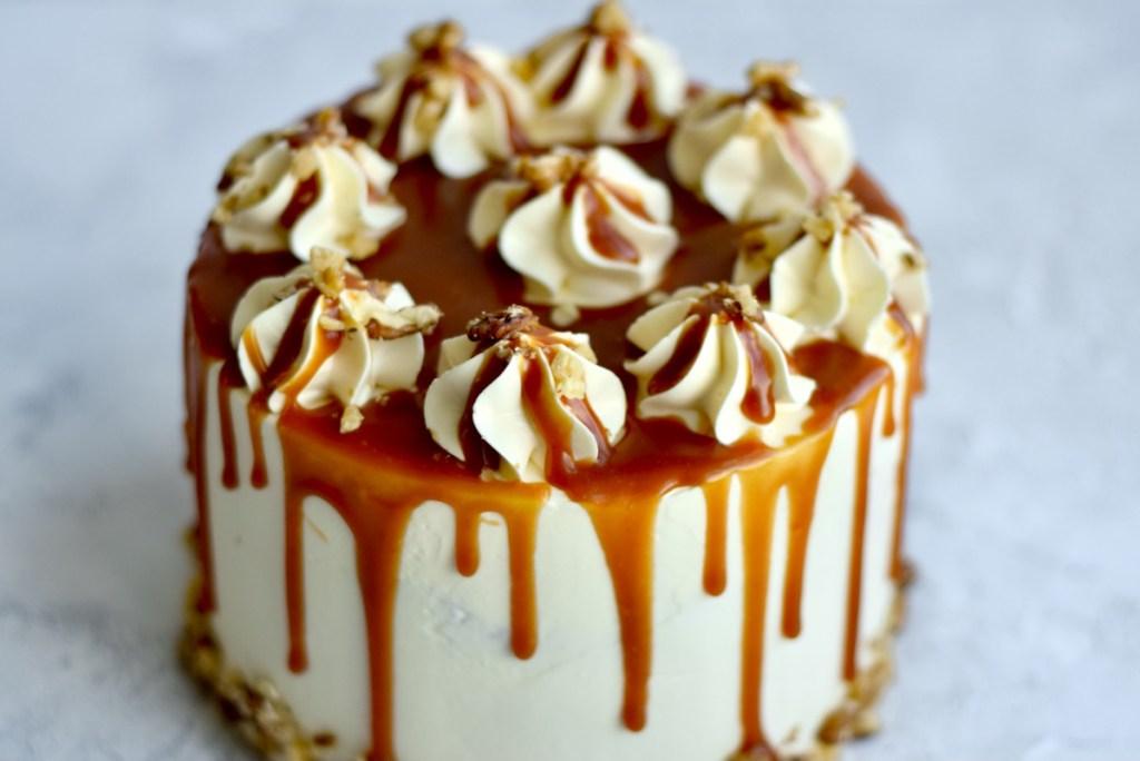 Karameltaart met appel en walnoten - Gwenn's Bakery