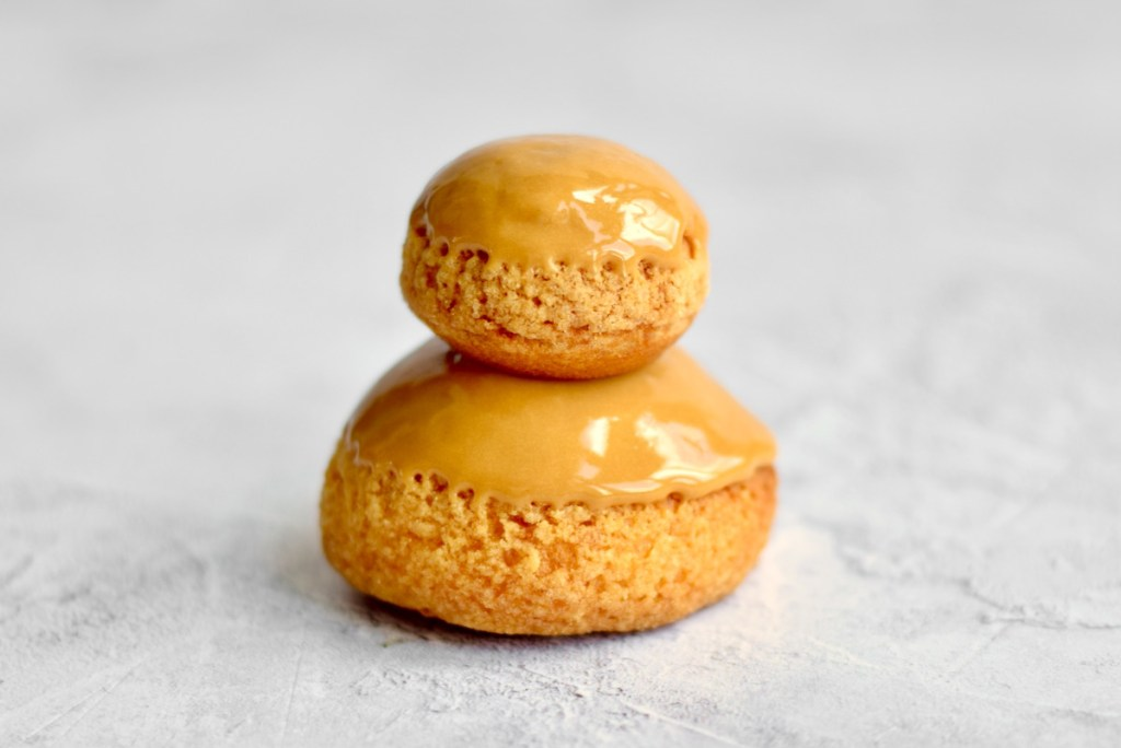 Religieuse karamel zeezout - Gwenn's Bakery