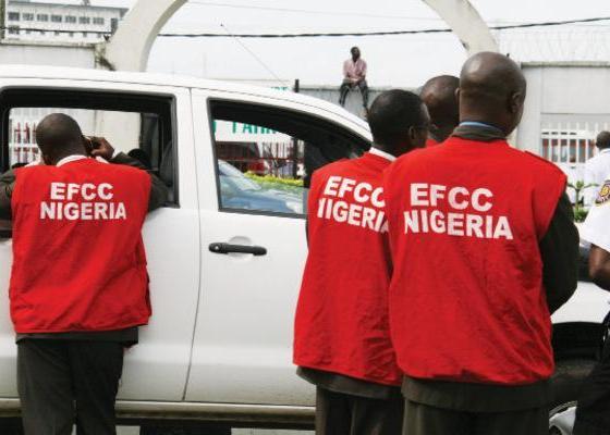 EFCC Arrests bankers