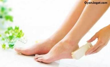 पैरों को सुन्दर व साफ रखने के लिए घरेलु नुस्खे !