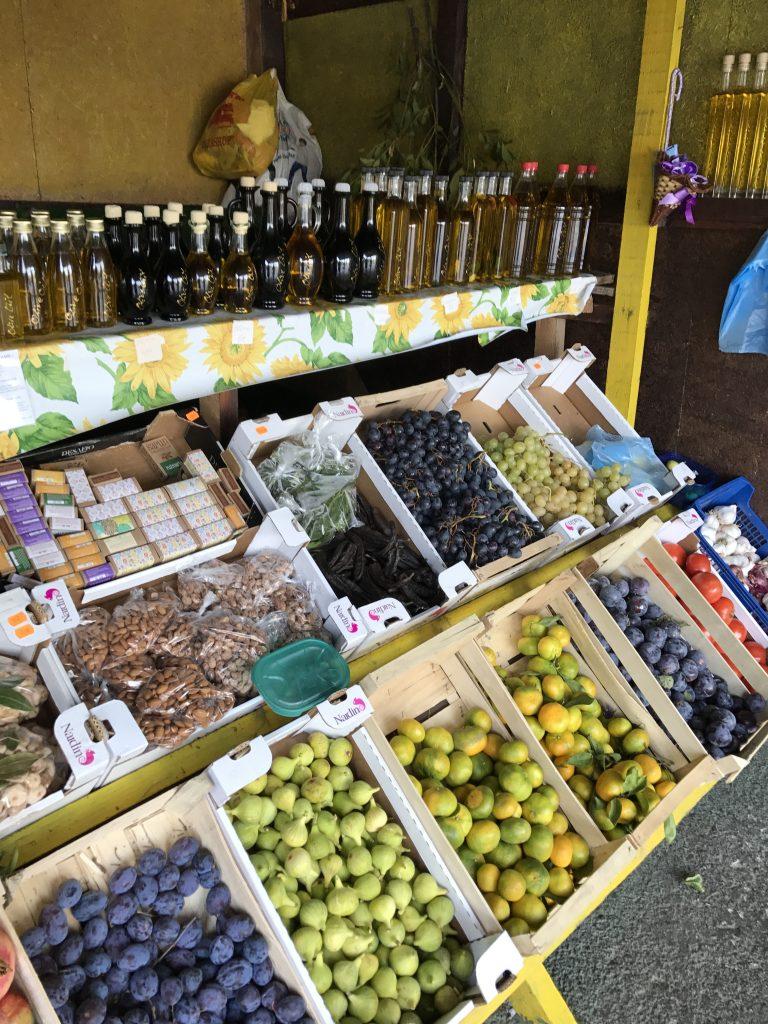 fruit sales
