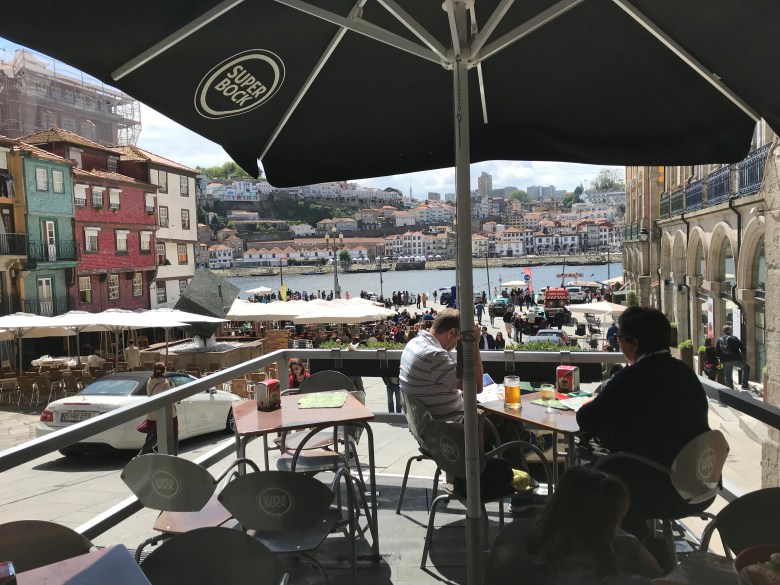 cafe and douro river