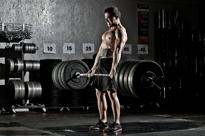 increase-muscle-size-deadlift