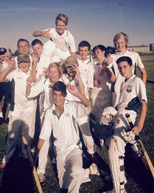 Junior Cricket Post Game Team Photo