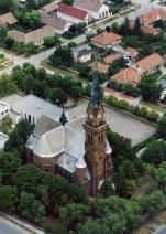 Neue lutheranische Kirche mit dem benachbarten Evangelischen Gymnasium Peter Vajda