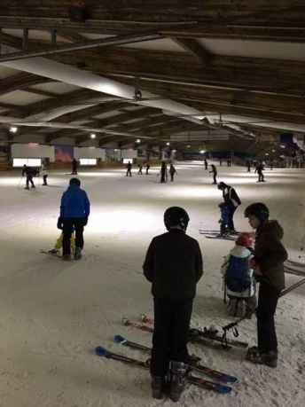 Skikurs in der Halle