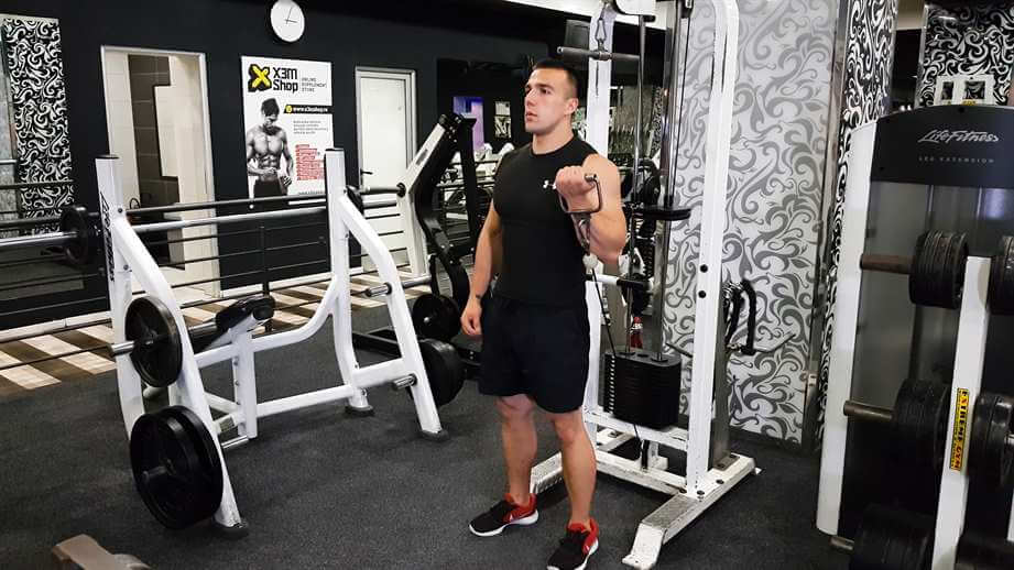 Read more about the article One Arm Low Pulley Curls