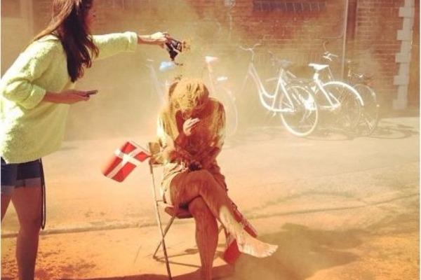 Ανύπαντρος στη Δανία;;; Α πα πα…