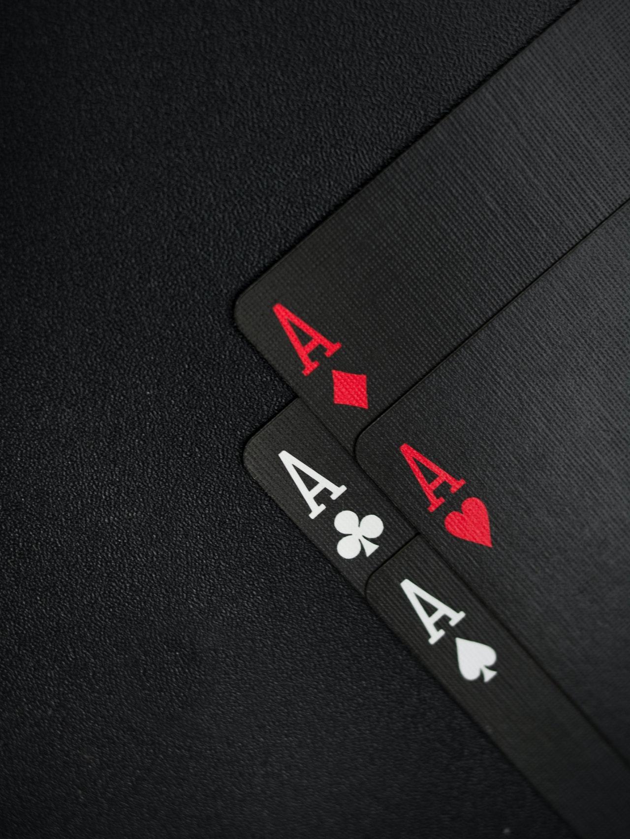 Είναι ο έρωτας μια παρτίδα πόκερ