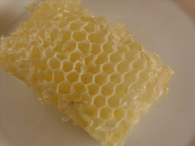 méhviasz, lépesméz