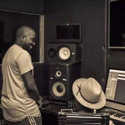 Ice Prince, DJ Spinall, Yung L in Studio 00