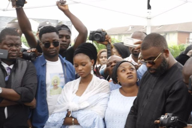 Moji Olaiya was buried Lagos 02