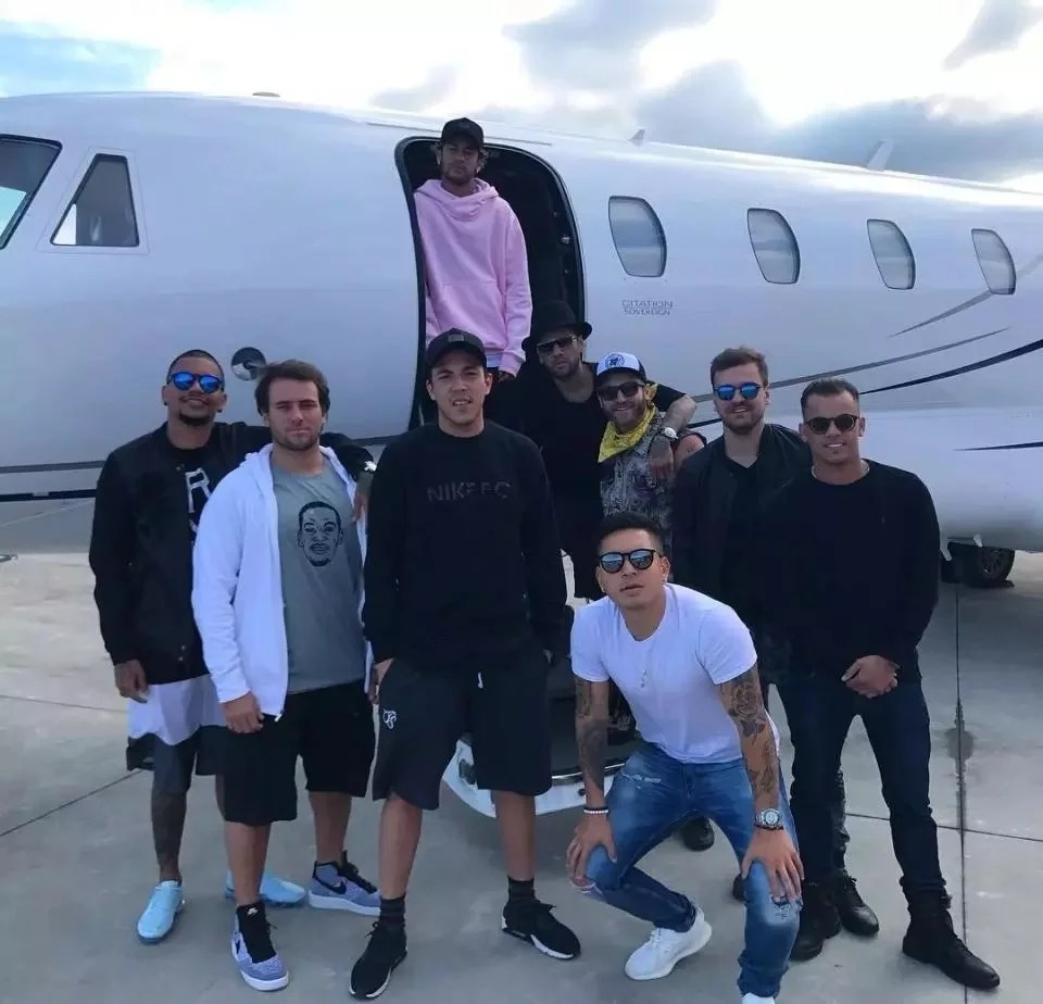 Neymar Private Jet