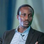 Presidential Media Aide Tolu Ogunlesi, Calls Nigerians 'Animals' & 'Mad' Over Naomi Campbell & Buhari Meet-Up In Lagos