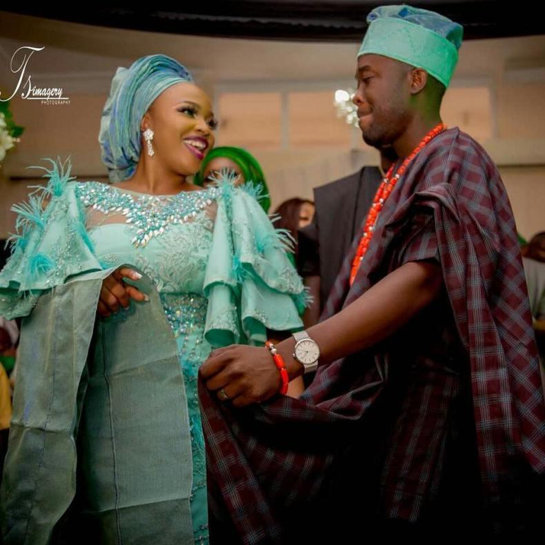 Biola and Gbemi Weds In Ibadan 12